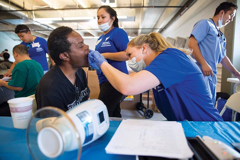 Haircuts And Help For Homeless Denver Veterans My Met Media